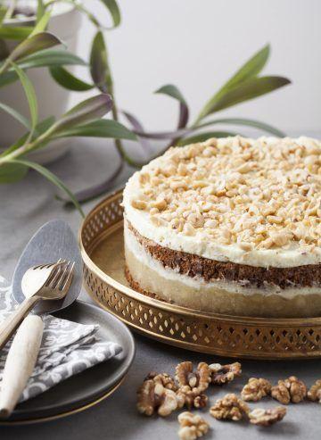 Tort orzechowy z jabłkami #tort #delektujemy #delecta #cake #desert