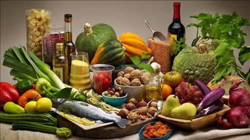 A diet common in coastal areas of Southern Europe, particularly one with lots of olive oil and nuts, cuts the risk of stroke and other major cardiovascular problems by 30% among high-risk people