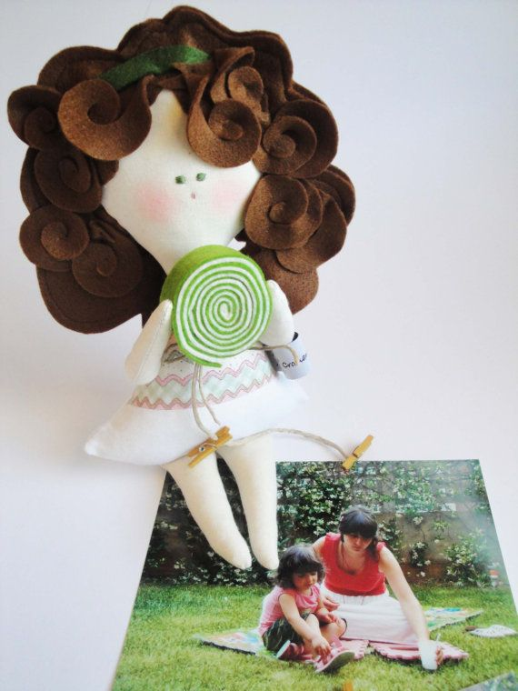 DOLL wall hanging photo frame / with milk and by Cromanticamente, $44.00