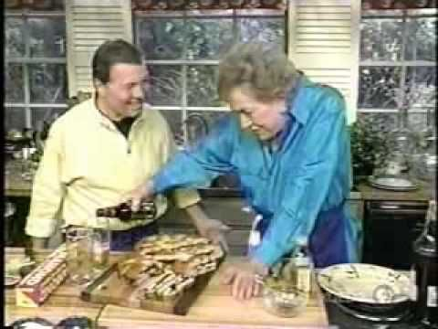 Julia Child & Jacques Pepin - Favoriete Sandwiches. Easy and served cold on a hot day. . . . With a beer according to Julia.