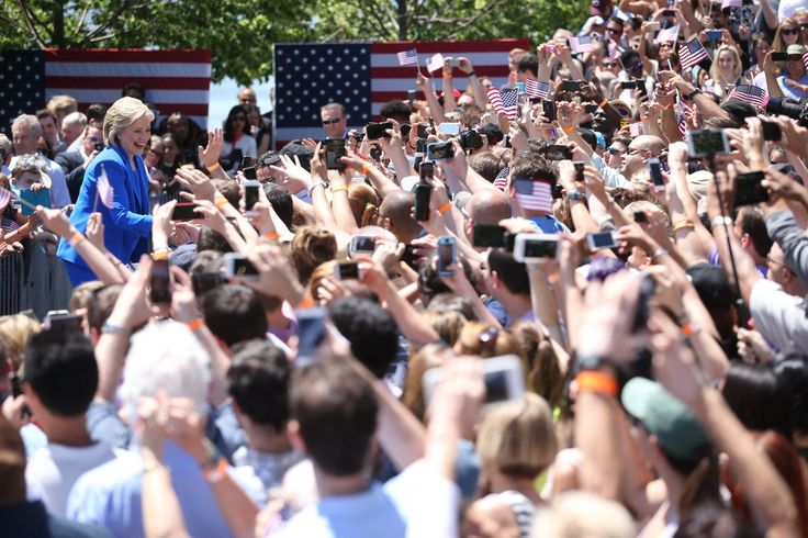 Hillary Clinton, in Roosevelt Island Speech, Pledges to Close Income Gap http://www.nytimes.com/2015/06/14/us/hillary-clinton-attacks-republican-economic-policies-in-roosevelt-island-speech.html