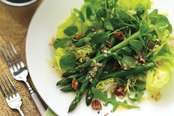 Asparagus and Mixed Greens Salad recipe - Canadian Living