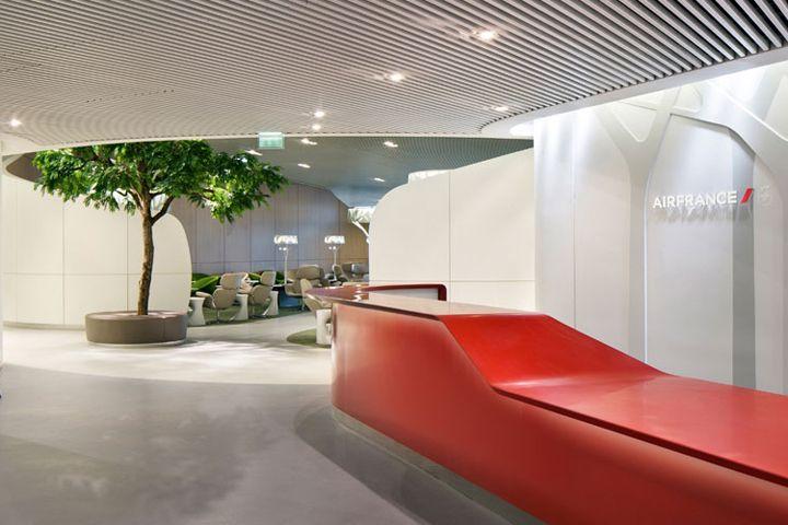 Очаровательный бизнес-зал ожидания Air France в аэропорту Шарль де Голль, Париж