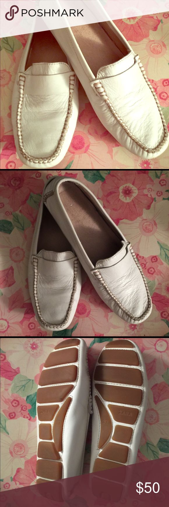 ZARA: Women's Driving Mocs ZARA:  Women's white leather driving moccasins/ Loafers Size 37 Zara Shoes Moccasins