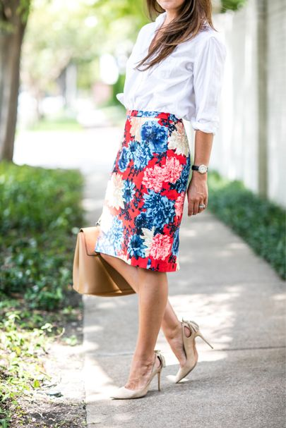 This pencil skirt! wear to the office ❤️ http://liketk.it/2p3EE @liketoknow.it #liketkit
