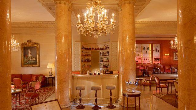 Le Bristol Paris | Luxury 5 Star Hotel in Paris France