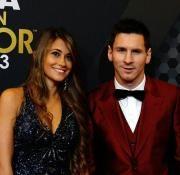 Antonella Roccuzzo, la pareja de Lionel Messi y madre de su hijo Thiago, suele acompañarlo siempre.
