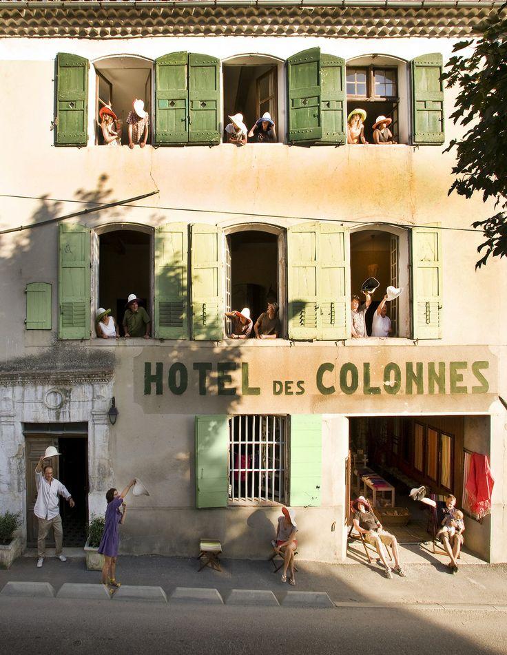 """""""Hôtel des Colonnes"""" - Gréoux-les-Bains, Département Alpes de Haute Provence - France"""