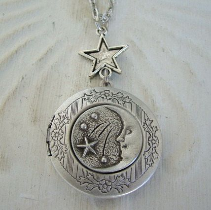 Silver Moon Face Stars Locket Wedding Necklace Fantasy Original Mother Friend Simple Daughter Mystic Photo Picture  - Moonstruck