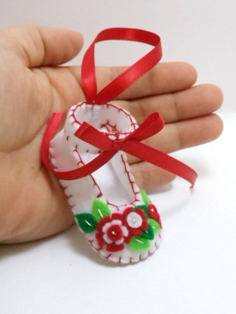 **NO LONGER EXCEPTING CUSTOM ORDERS OR ORDERS FOR PERSONALIZATION** This little baby shoe ornament was all hand stitched & embroidered.    It