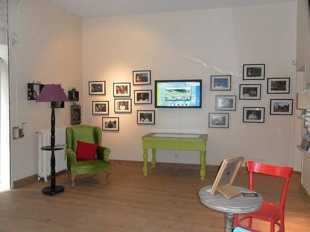 Table tactile et iPad à disposition des visiteurs et touristes - Office de Tourisme Val de Garonne en Lot-et-Garonne
