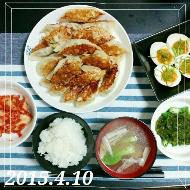 餃子焼くの苦手。。。笑 - 39件のもぐもぐ - ✡餃子✡味玉✡めかぶとオクラの和物✡キムチ✡鶏白湯スープ✡白米 by mokohamu