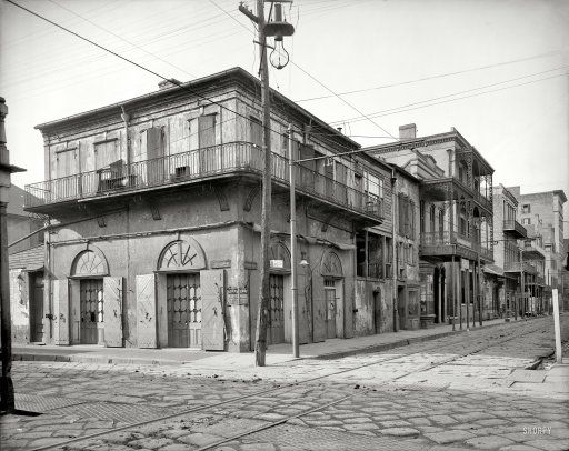 "New Orleans circa 1903. ""Old Absinthe House and Bourbon Street."""