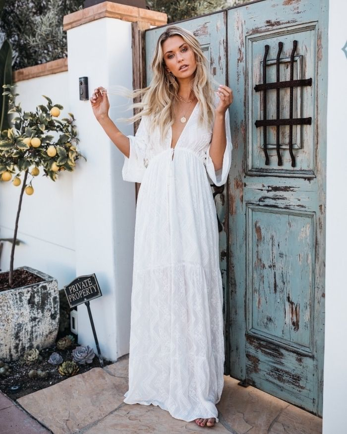 45427de122d Tenue robe longue a fleur robe de plage femme chouette idée tenue robe  bohème longue blanche robe bohème chic