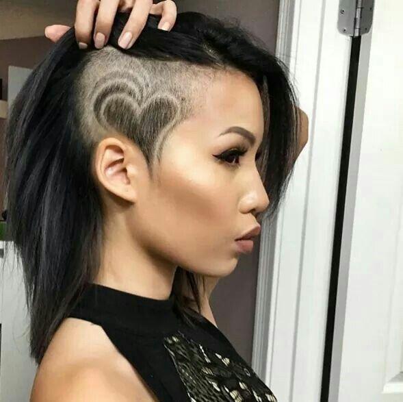 Pin do(a) GypsyyspyG em cl' de 2019 | Tatuagens de cabelo, Cabelos raspados femininos e Cabelo raspado