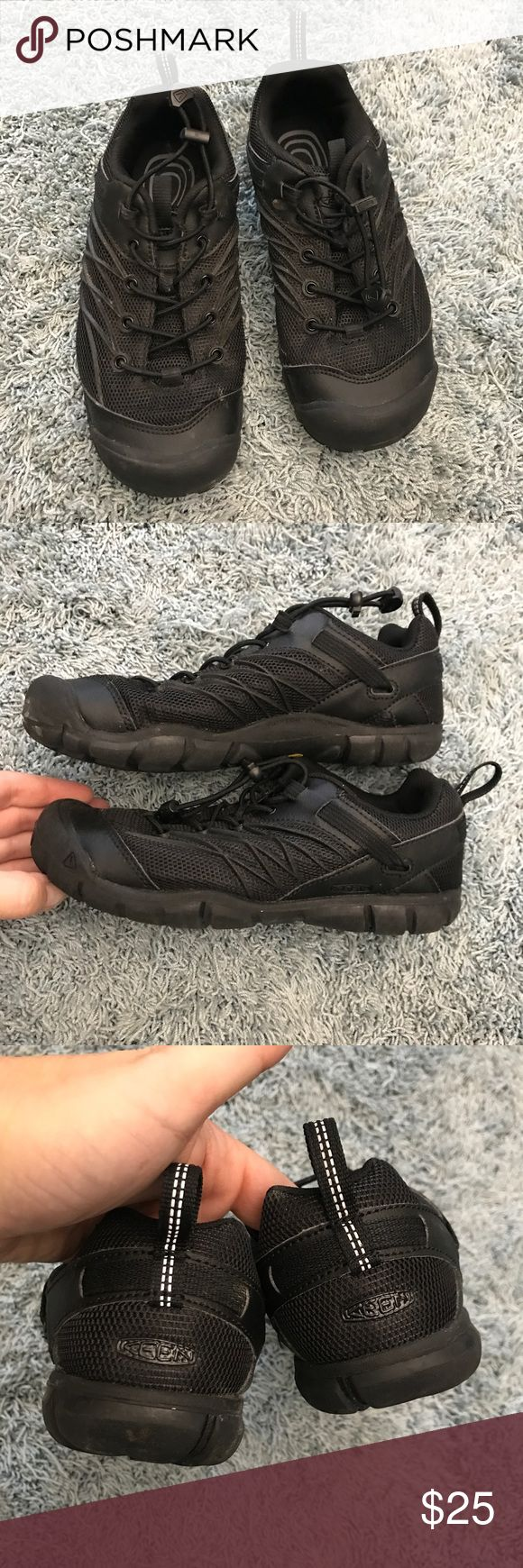 Boys Keens Chandler CNX Shoe, 4 Excellent, like new condition boys CNX Keens. Only worn a few times. Color is black, size 4. No rips, stains or tears. Non smoking home. Keen Shoes Sneakers