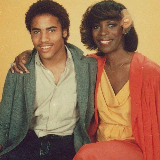 Lenny Kravitz & his mother Roxie Roker.