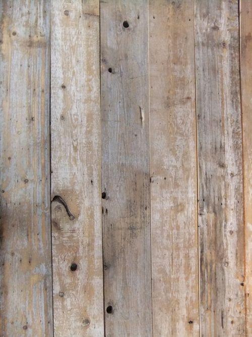 Mur Bois De Grange Blanc : De Palette En Bois sur Pinterest ?tages De Palettes, Palettes et