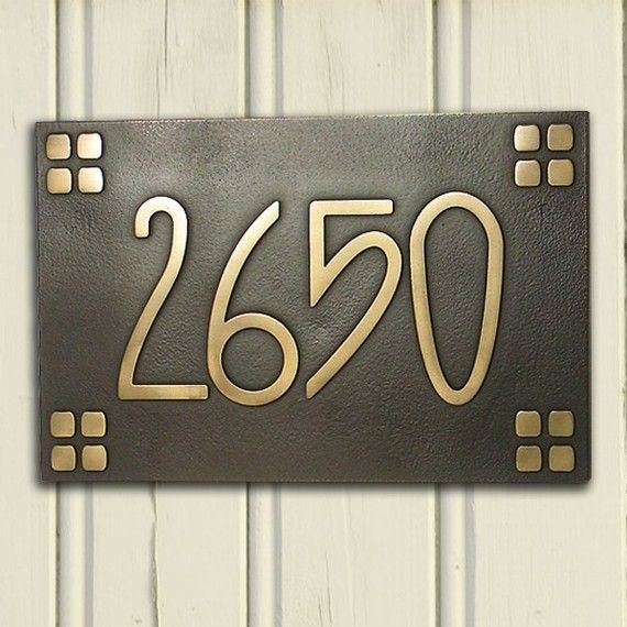 American craftsman arts and crafts font with 4on4 square for Bungalow house numbers