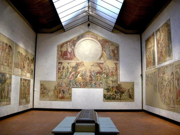 Sala degli affreschi dalla chiesa di Sant'Apollonia.  Staccati nel 1949 dalla chiesa di Sant'Apollonia di Mezzaratta, gli affreschi furono ricomposti nella Pinacoteca secondo l'ordine originario. Il ciclo rappresenta storie del Vecchio e Nuovo Testamento, di cui si attribuiscono a Vitale da Bologna (1300 – ante 1361).