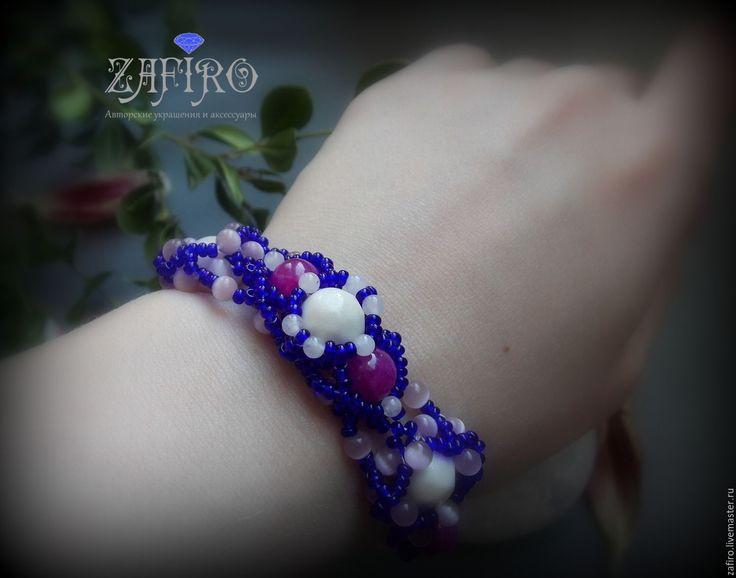 """Купить Браслет """"Карнавал цвета"""" из бисера с натуральными камнями - тёмно-синий, браслет из бисера"""