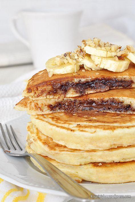 Κολασμένα pancakes με κρυφή γέμιση πραλίνας φουντουκιού/Nutella stuffed pancakes
