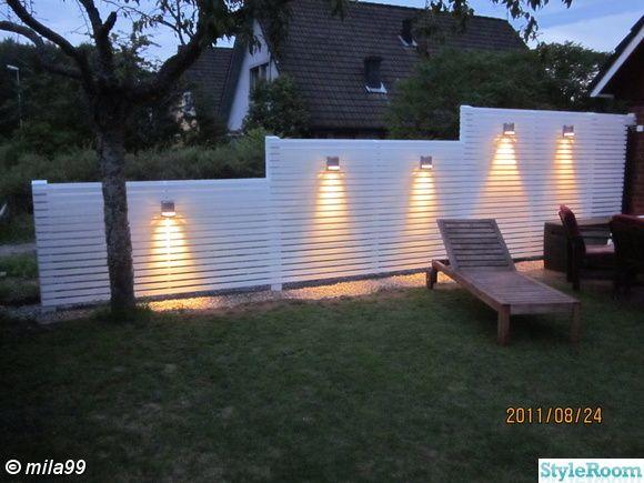 staket med belysning trädgård