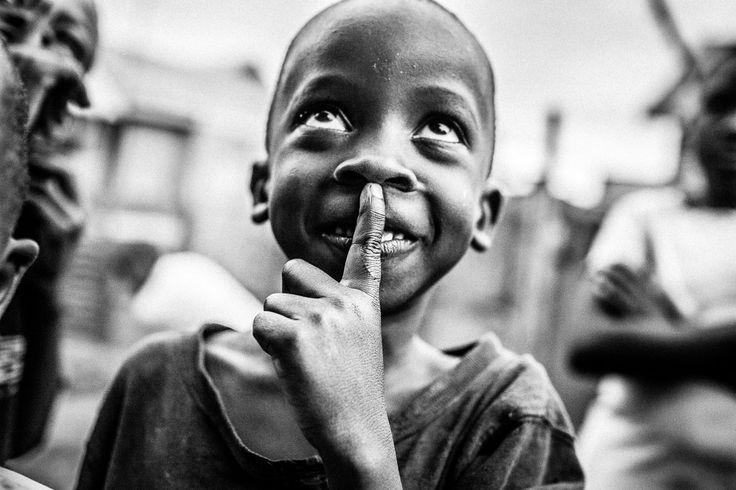 whisper ©WagabundoTravel  #uganda #adventure #adventuretravel #traveling #traveler #travel #podróże #wyprawy #tramping #biuropodróży #travelagency #egzotyka #trip #tramping #wakacje #holidays #fotografia #photography #travelphotography #incentive #afryka #africa #azja #asia #ameryka #america