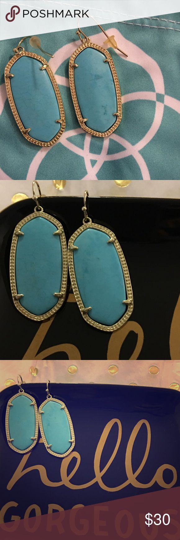 Kendra Scott Elle earrings in turquoise Relisting these earrings since the last sale did not go through. Cute elle earrings always kept in dust bag. Used a few times, in good condition. Price is firm. Kendra Scott Jewelry Earrings