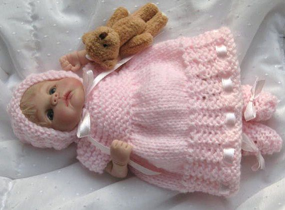 17 Best images about knitted doll clothes on Pinterest Rompers, Baby bootie...