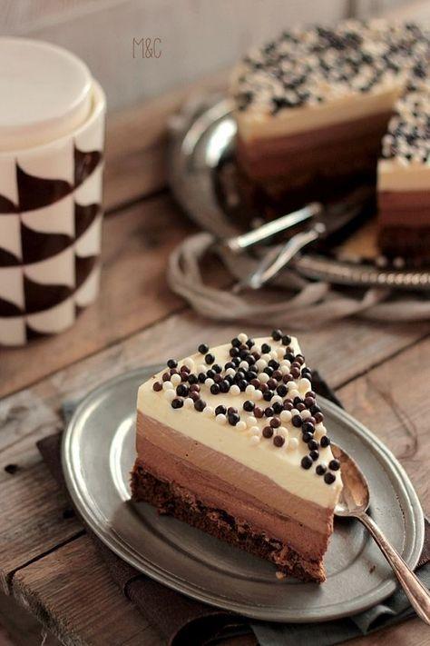 Trois Chocolats Croustillants http://www.maryseetcocotte.com/2016/03/26/classique-mais-on-y-resiste-pas/