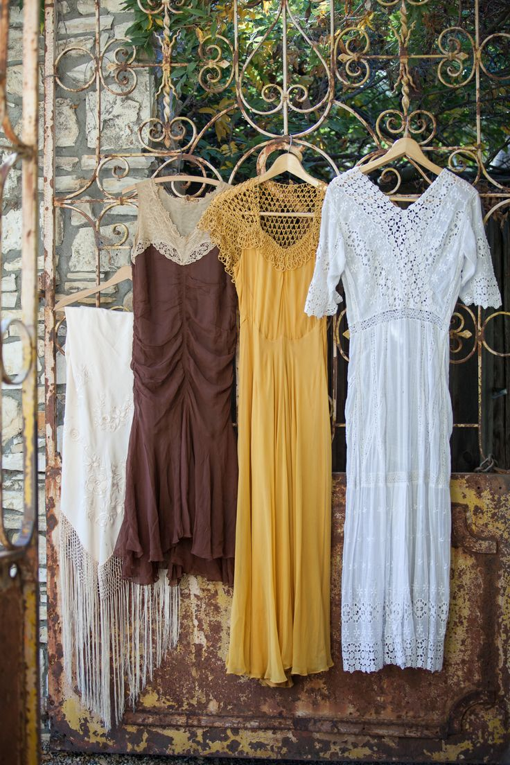 Vintage Bridesmaids Gowns and Wedding Dress | Western Nomadic Bridal Inspiration | Photography by @Stephanie Williams Lane Photography | Styling @Lilify | Carmel Valley Wedding | Rustic fence and vintage mustard bridesmaid dress