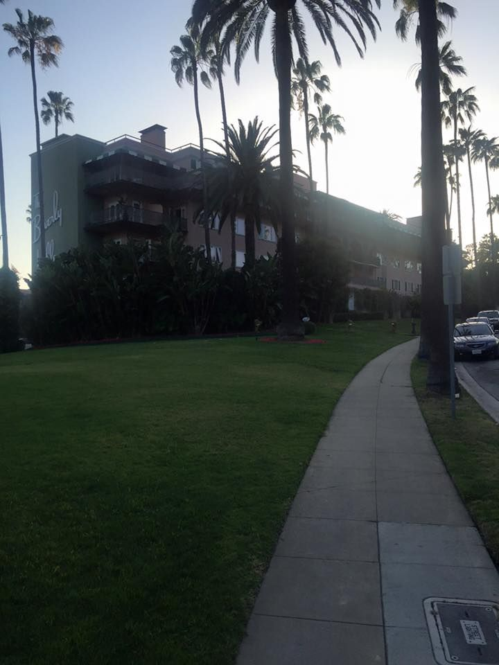 The Beverly Hills Hotel - 5-star Hotel
