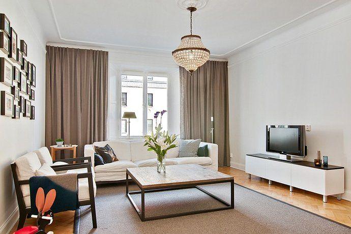 Bild 5: 3 rum bostadsrätt på Torsgatan 41, 4tr, Stockholms kommun Vasastan, gardinerna stolar