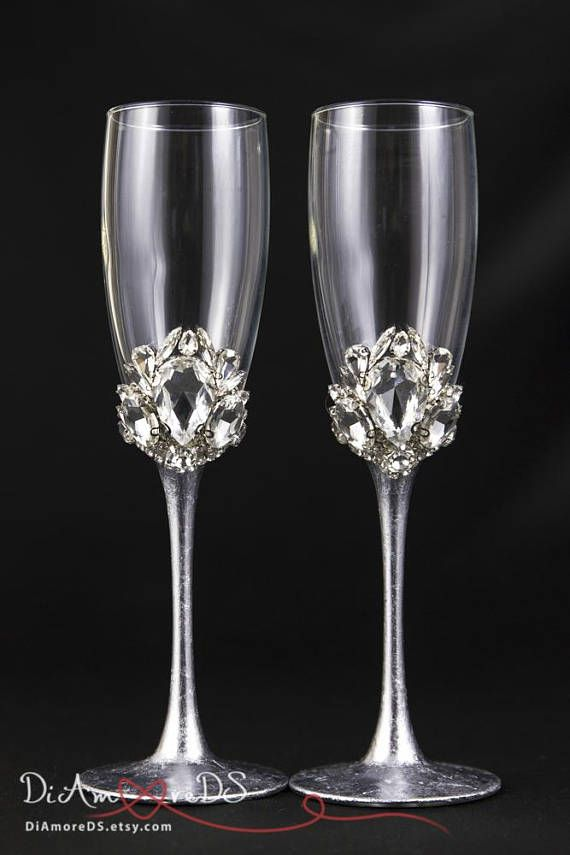 Crystal Wedding Champagne Flute, Personalized Bling Wedding Glasses, Glam Wedding Flutes Crystal Champagne Flutes Engraved Toasting Flutes Luxury wedding champagne glasses with crystals for your special day. They are not only a good decision for your wedding – they can make you look like a