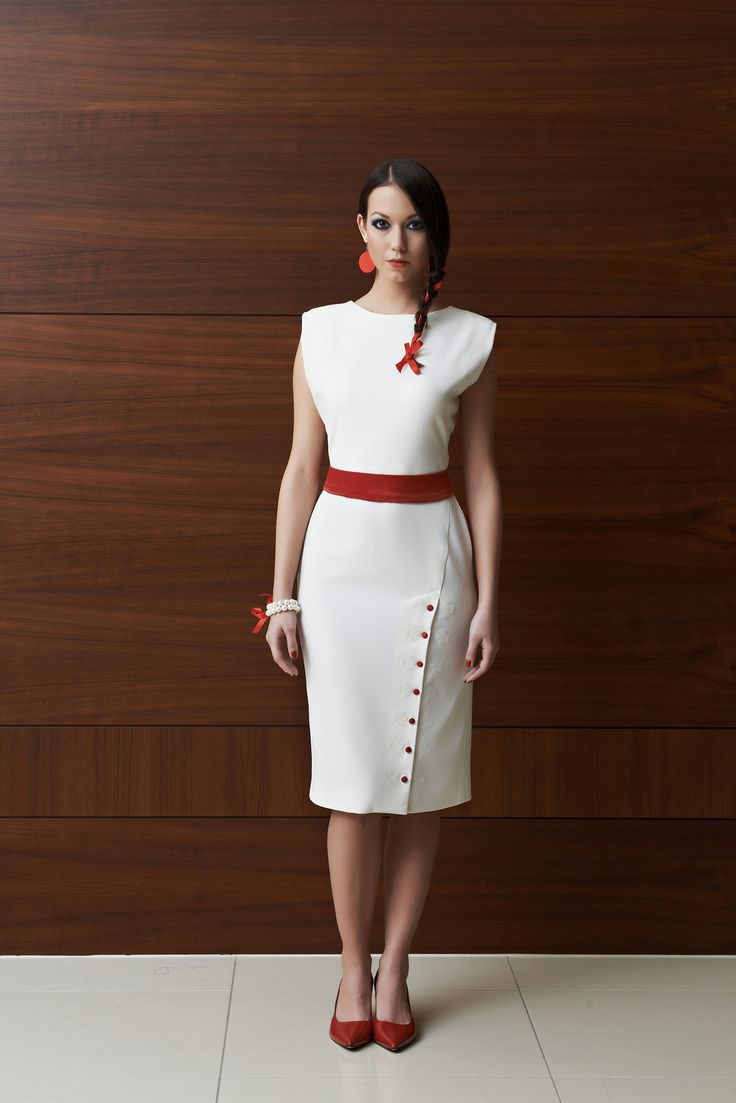 Off-white georgette dress in a minimalist and elegant style with light Hungarian motifs. http://laccafashion.com/collections/dresses/products/tulipani-rossi-off-white-dress-with-red-embellishment