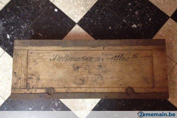 Coffre en bois et m tal artisan charron et sellier - Coffre en bois a vendre ...