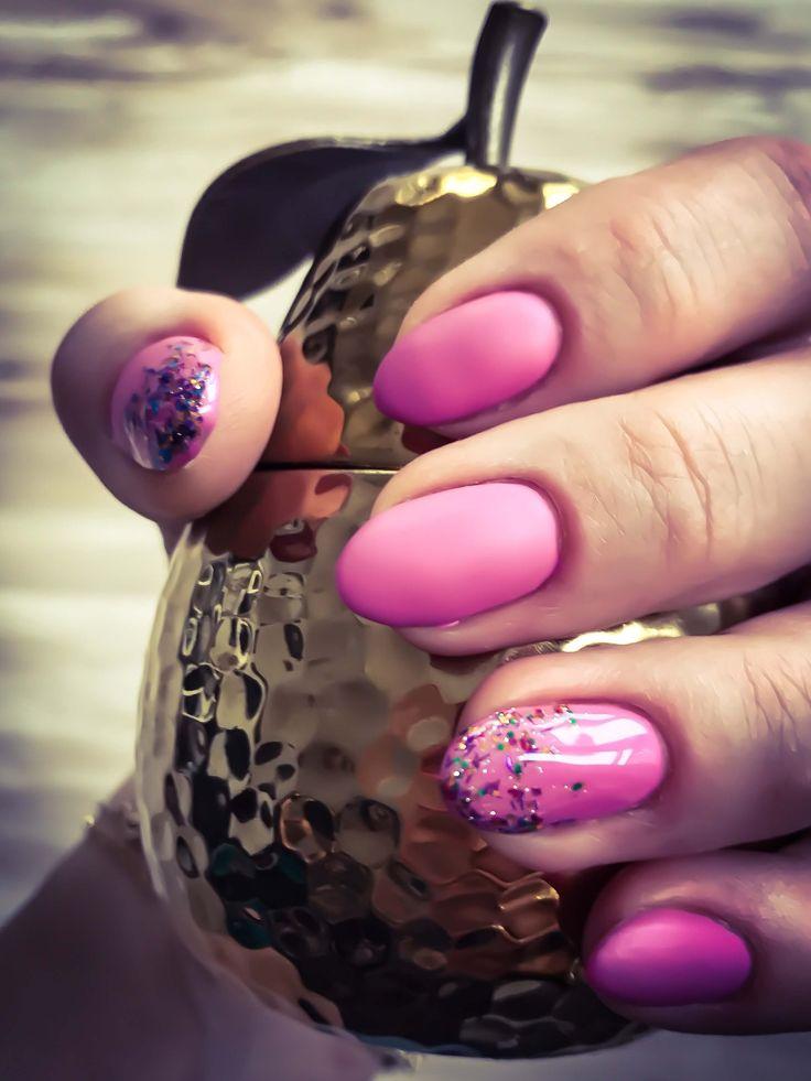 Matowe paznokcie hybrydowe SEMILAC- pastelowy róż z akcentem brokatowym http://deliciousbeauty.pl/matowe-paznokcie-hybrydowe-pastelowy-roz-z-brokatem-stylizacja-z-semilac/ Matowe Paznokcie Hybrydowe SEMILAC #stylizacjapaznokci #semilac #semilactopmat, #semilachybrydy #paznokcie hybrydowe, #matowehybrydy #semilacbabygirl, #semilacimnotsure, #semilacsomethinggood #blogger #beautyblogger #polishgirl #deliciousbeauty #semilac #ilovesemilac