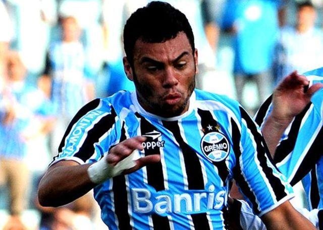 #Grémio le saca importante punto al #Newells y se prepara para jugar ante #Nacional