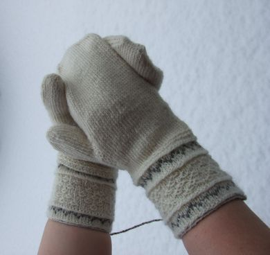 Knit Buddies: kitty:Tvåändsstickning / Twined Knitting / Two End Knitting Mittens