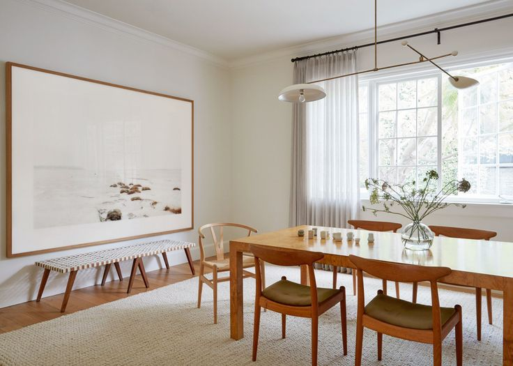 midcentury modern dining room in a colonial farmhouse | house tour on coco kelley