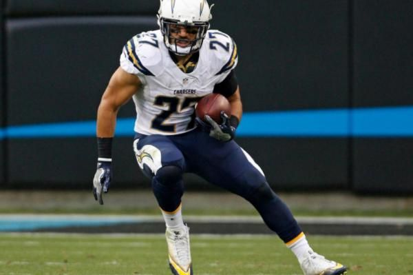 The Sports Xchange The San Diego Chargers placed running back Kenneth Farrow on injured reserve, marking the team's 19th player to be added…