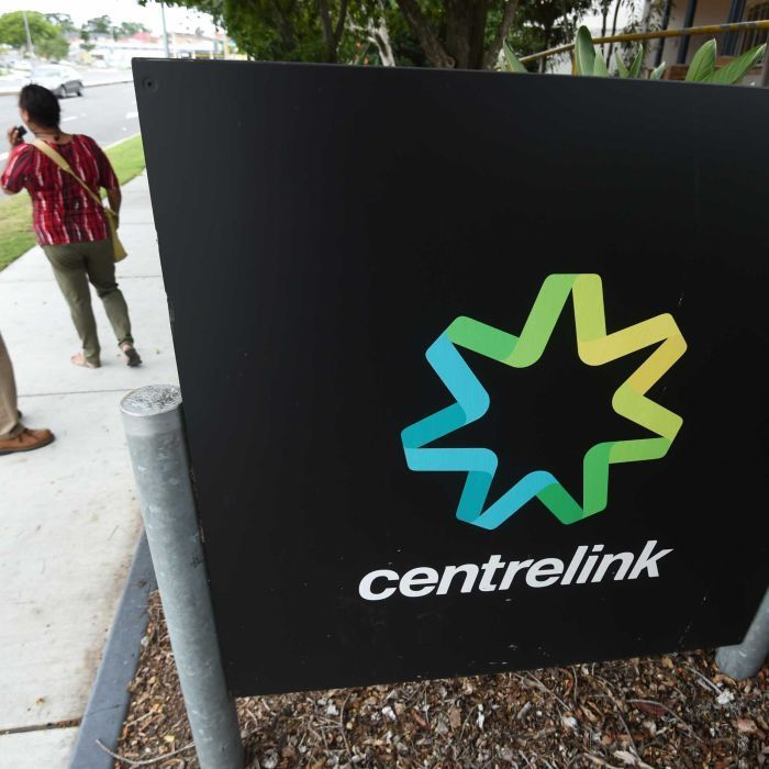 Australians on unemployment benefits are falling far short of affording basic necessities week to week, analysis finds.