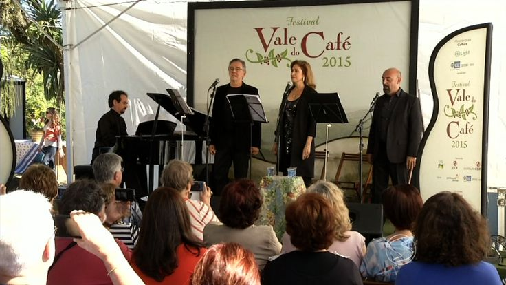 Público que visitou a Fazenda das Palmas se ficou encantado ao som de Frank Sinatra.