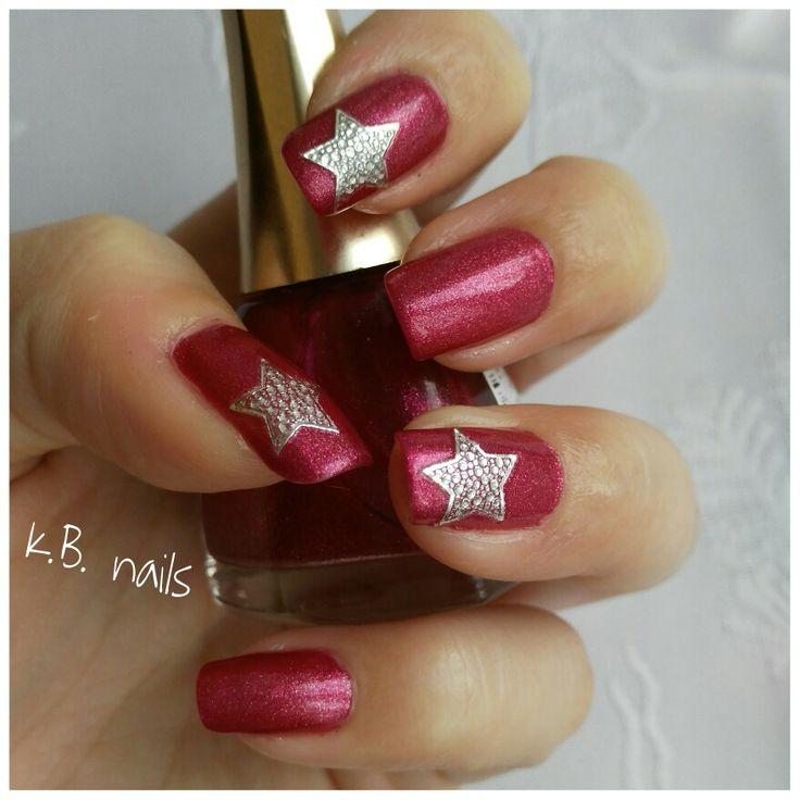 #nails #goldenrosecosmetics Paris #christmasstars