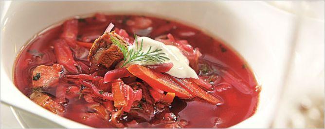 Borsjt, een lekkere soep met rode biet