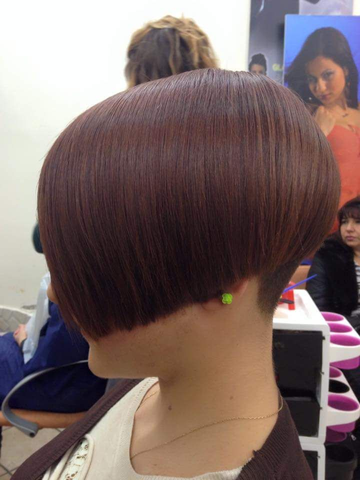 show me how to cut a bob haircut