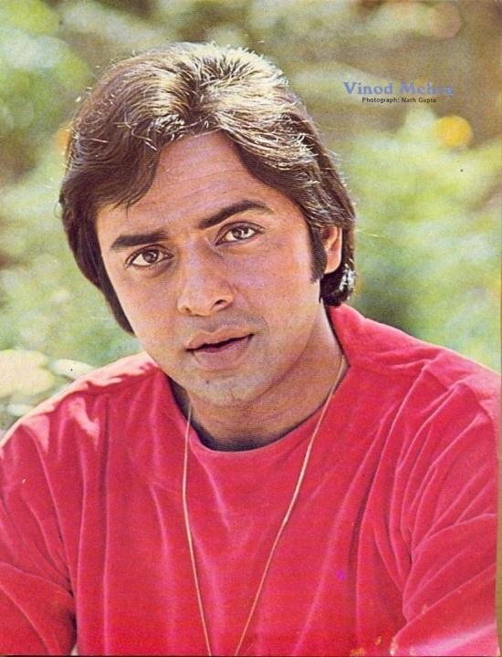 Vinod Mehra  ✿⊱╮ нαρρу вιятн∂αу╰⊰✿   It's veteran Bollywood actor Vinod Mehra's Birth Anniversary today.