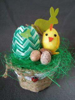 Twórczo Aktywnie Kreatywnie K.Lis: Wielkanocny stroik z zielonym jajem karczochowym