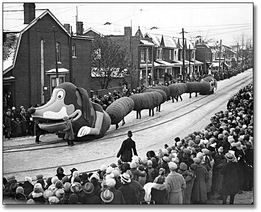 Wiener dog float, Eaton's Santa Claus Parade, Toronto, 1925 (via Archives of Ontario)
